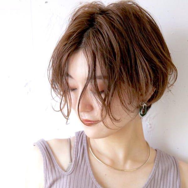 丸顔さんに似合う前髪なし ショートボブ特集 フェイスラインをおしゃれに隠そう Folk 前髪なし ショートボブ ショートボブ パーマ 前髪なし 前髪なし ショート