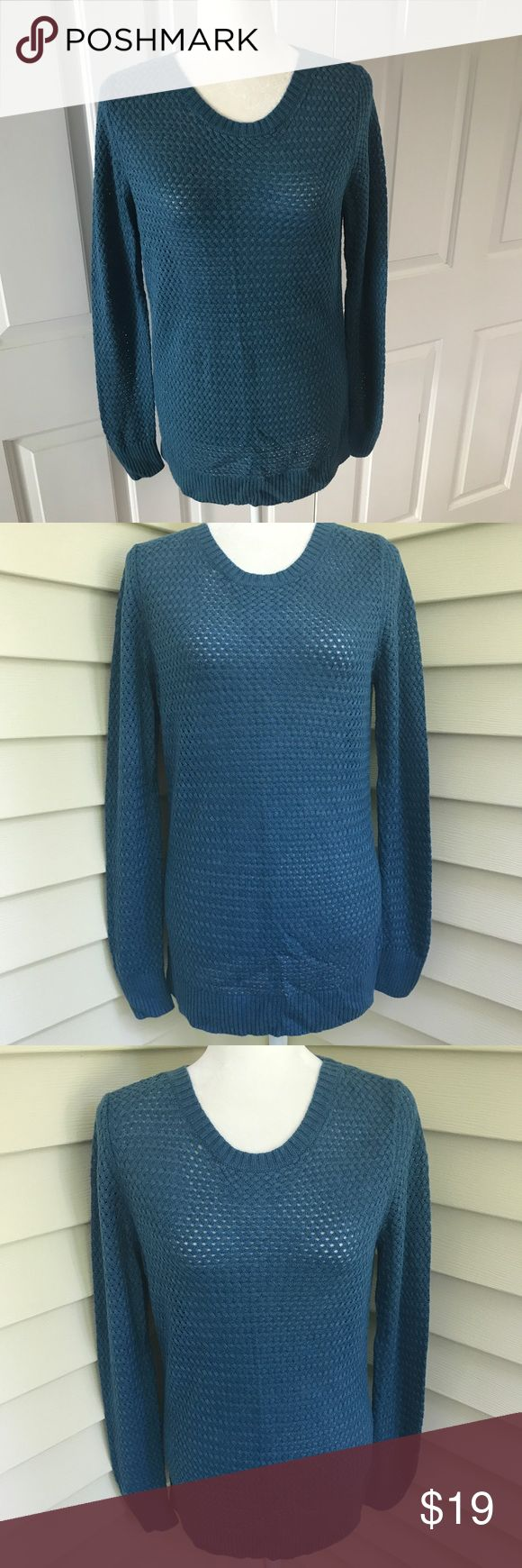 """Anne Taylor Loft lightweight sweater top Excellent condition. Material cotton/Rayon/nylon. Size medium. Pit to pit. 19"""" pit to hem 19"""". Front is a hole Knit bottom of hem has slots on both sides for stylish look. Back is a thin Knit. Great for career or a casual day.  The color is a bluish color bin 12 Ann Taylor Sweaters"""