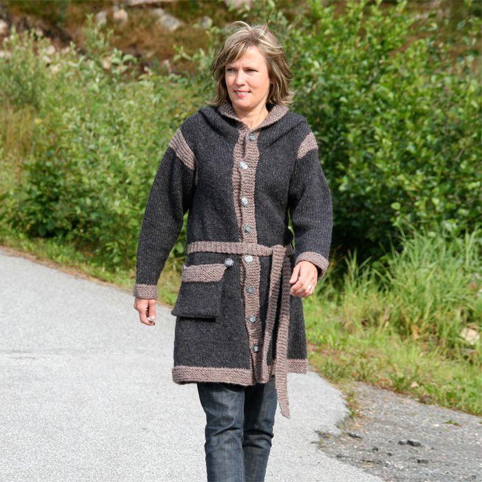 Gratis strikkeoppskrift på Munkekåpa