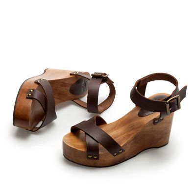 WOODEN BLOCK WEDGE SHOE