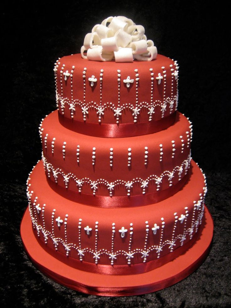 Red Colour Cake Images : 17 Best ideas about Red Wedding Cakes on Pinterest Red ...