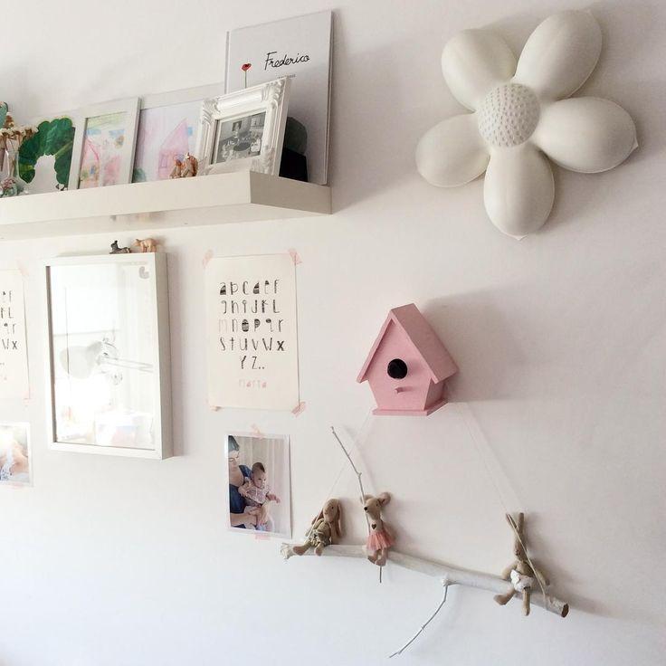 #details #quartodasbonecas #anossamorada #twingirls #smallspaces #white #kidsroom #diy