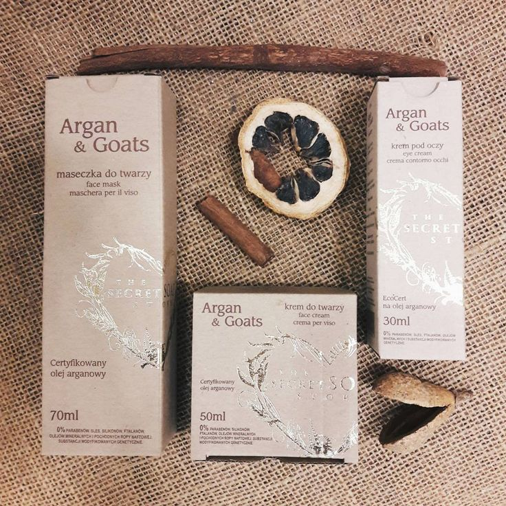 Pamiętacie o naszej promocji na serię Argan&Goats?💕 przy zakupie kremu do twarzy i pod oczy, maseczka gratis! Spieszcie się, został jeszcze tydzień 😊 #thesecretsoapstore#natural#cosmetics#argan#oil#goatsmilk#creme#krem#naturalne#kosmetyki#polishbrand#store#vscocam https://secret-soap.com/argangoats-62