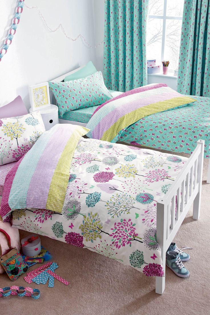 Ruby s rainbow room inspiration for kids bedroom decor at huggies - Find This Pin And More On Sienna S Room