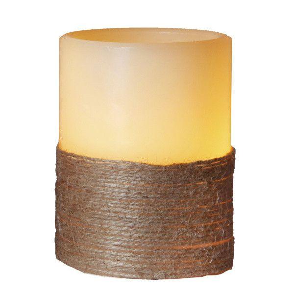 Nekonečná a věčná nádhera. A to doslova! S LED svíčkou od Best Season vám budou plamínky plápolat hodiny a hodiny. Svícen je navíc opravdu z vosku, a tak vypadá naprosto přirozeně. Takže nohy nahoru, knihu do ruky a užívejte si tu romantiku!