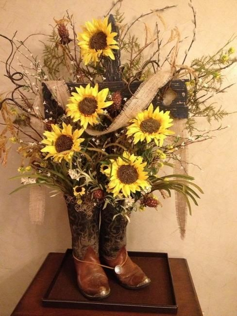 17 Best Ideas About Western Table Decorations On Pinterest Cowboy Party Decorations Cowboy