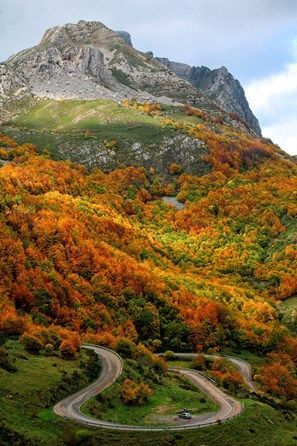 Asturias, Somiedo Natural Park in autumn, Spain
