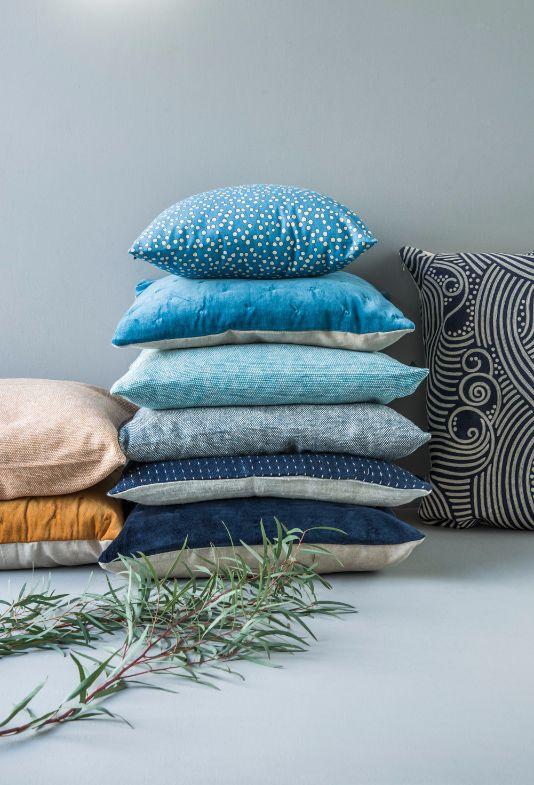 Svenske Linum Design har kommet med en ny vårfrisk kolleksjon med puter og tekstiler. Du finner utvalget i din Designforevig-butikk!