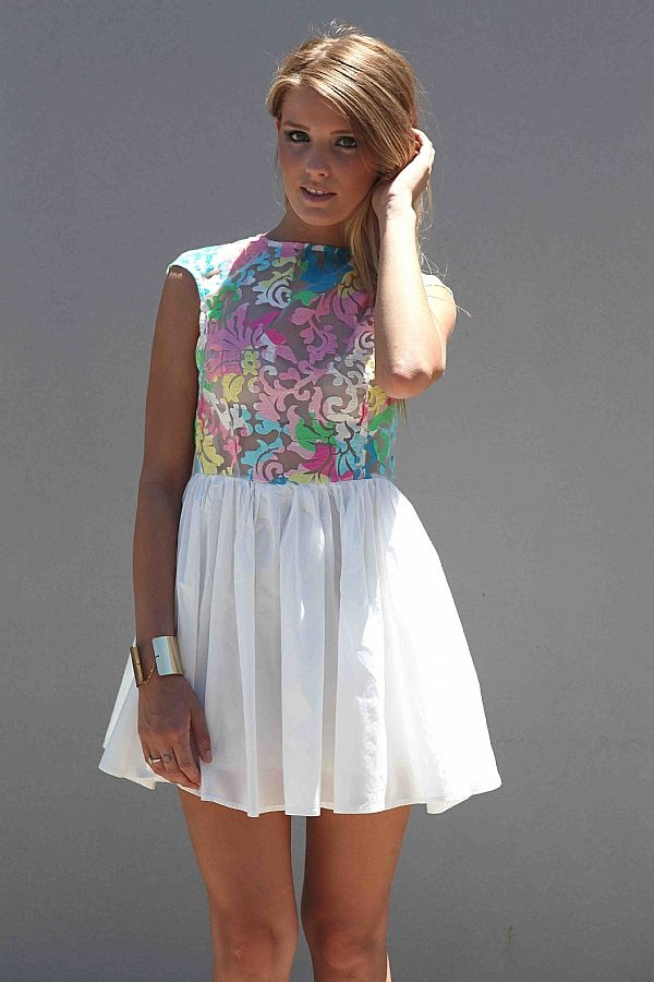 SUMMER DAZE DRESS: Diy Dresses, Summer Dresses, Dresses Tops Bottoms Jackets, Fabrics Diy, Bright Colour, Dresses Projects, Dresses Minis Australia, Dresses Casual, Dazed Dresses