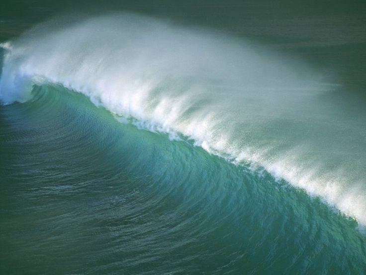 Tapety na pulpit i telefon - Fale: http://wallpapic.pl/zycie-w-oceanie-i-morza/fale-oceanu/wallpaper-10863