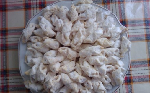 Retete Culinare - Cornulete cu rahat: Cake Category, Reteta Cornulete, Cornulete Cu, Recipe Posted, Recipes, Posted De, Romanian Food