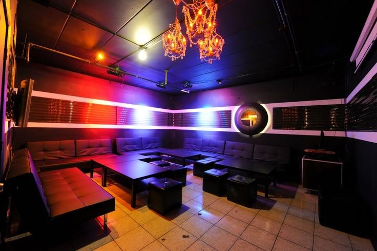 15 best images about karaoke 2 on pinterest tvs for Design room karaoke