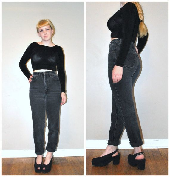 Reserved // skin tight levis / high waisted jeans / black