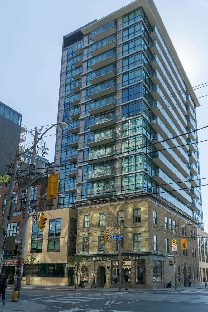 Amazing 1 Bedroom Modern Unit In The King+ Condominiums Located In The St…