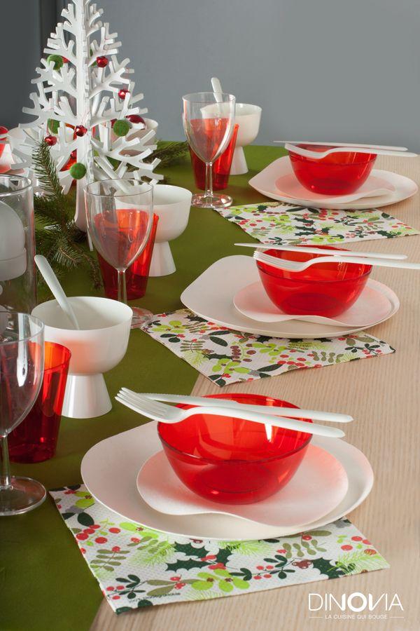 d coration de table pour un no l traditionnel proche de l. Black Bedroom Furniture Sets. Home Design Ideas
