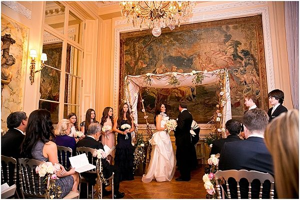 Ornate wedding alter at the Hotel Crillon in Paris    Image by One and Only Paris Photography   Read more http://www.frenchweddingstyle.com/second-wedding-in-paris-hotel-crillon/