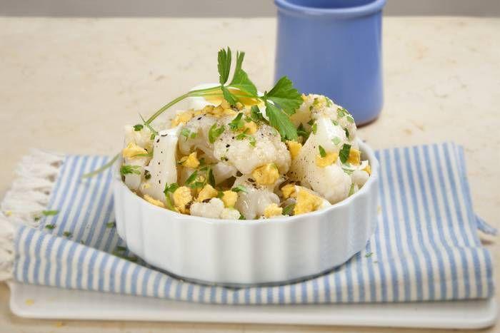 Cavolfiore con uovo sodo sminuzzato #Star #ricette #calvolfiore #uovo #food #recipes #foodie #eat