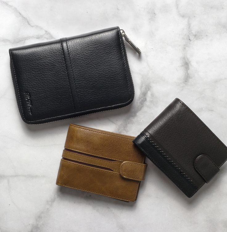 Accessories   AW`16 Collection   Объемный кожаный бумажник - 2 599 ₽  Бумажник кожаный - 1 199 / 1 399 ₽  #mfilive #accessories #aw16