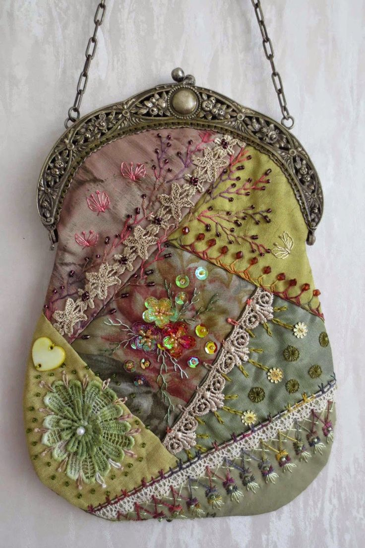 I ❤ crazy quilting, beading & embroidery . . . Stunning Crazy Quilt bag with antique frame, side A ~By Margreet's Draadjespaleis:
