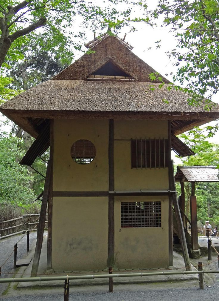 https://flic.kr/p/a1szWu   A Two-Story 400-Year Old Teahouse (Shigure-Tei)   This teahouse, called Shigure-Tei,  was designed by Japan's most famous tea master, Sen Rikyu. This tea house was made for Toyotomi Hideyoshi and was on the grounds of the orignal Fushimi Castle, which was destroyed in 1600 during the Sekigahara campaign.  When Kōdai-ji was built, the teahouse, as well as another that was design by Sen Rikyu and on the castle grounds, were moved here.  Both teahouses are considered…