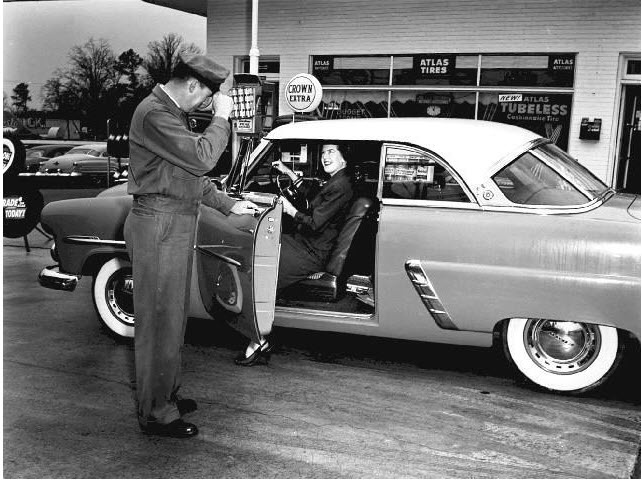 Vintage Gas Station: Gas Stations Do, Remember, Service Stations, Automobile Gas Stations, Vintage Gas, Filling Stations, Gas Pumps, Black