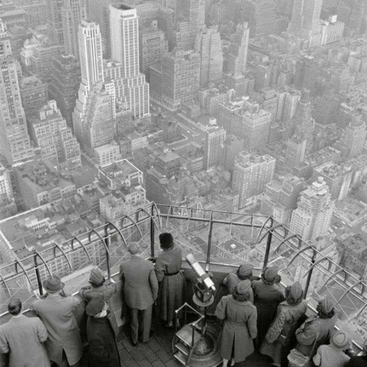 The observatory on the 86th floor of the Empire State Building, NYC, 1950