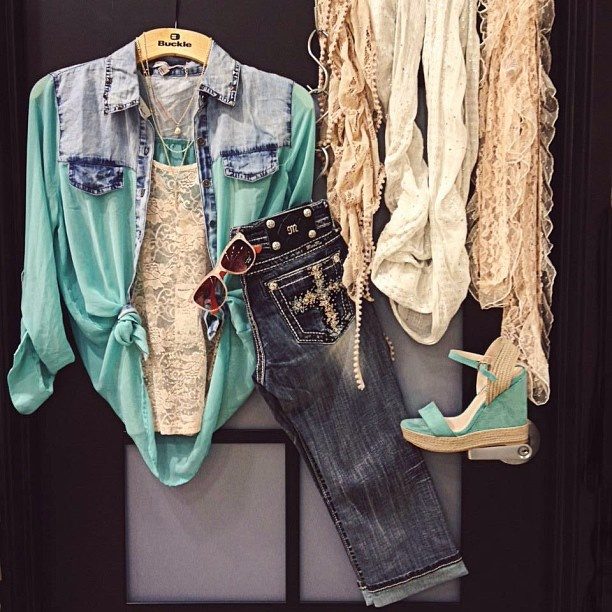 Mint and pink!