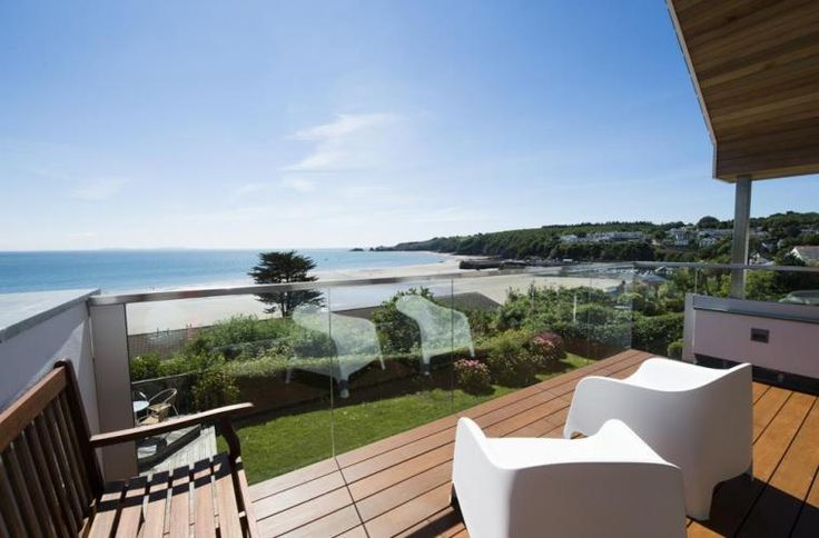 Garth, Saundersfoot. Pembrokeshire.  https://www.cottageholidays.co.uk/cottage/pw367a-garth