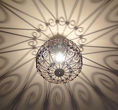 Lustre plafonnier marocain en fer forgé lampe boule marocaine artisanat maroc, http://www.amazon.fr/dp/B00U7IRGJ8/ref=cm_sw_r_pi_awdl_x_MV5QxbPEATATT