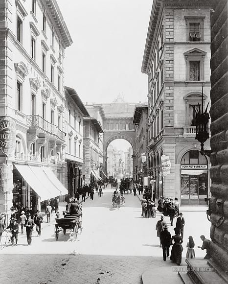Via Strozzi. Firenze. Street scene. Florence, Italy. 1890-1910
