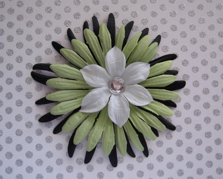 Green Black and White Daisy Flower Hair Clip. $2.00, via Etsy.