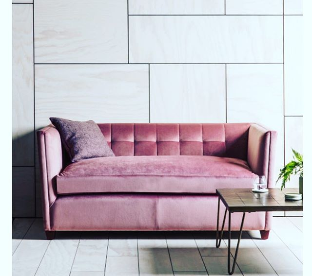ART IS LIFE. #art #sofa #pink #decor #decoration #home #luxury ...