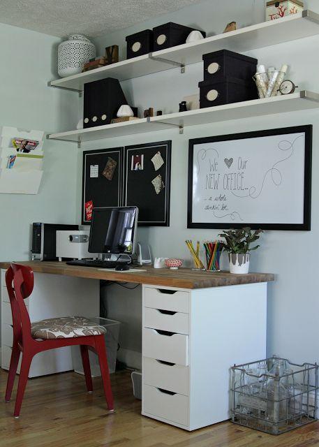 Le bureau homemade by Ikea d'Heather de The Lovely Cupboard #diy #ikea #desk