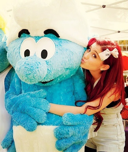 I wont to do my hair red like ariana grande