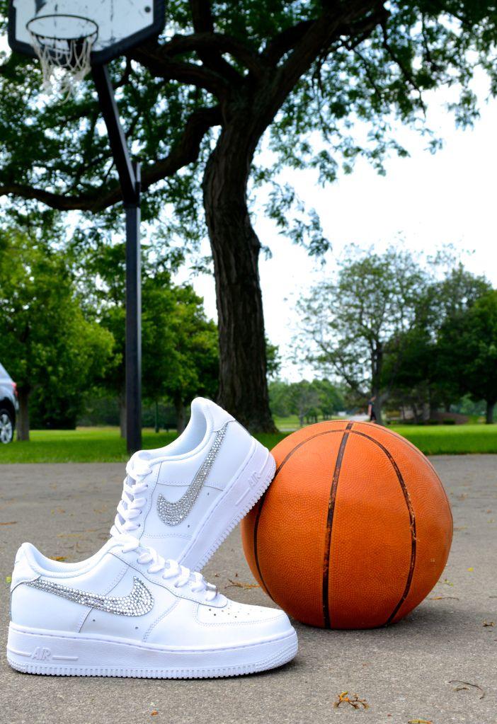 129840f41d13 DIY Rhinestone Nikes!