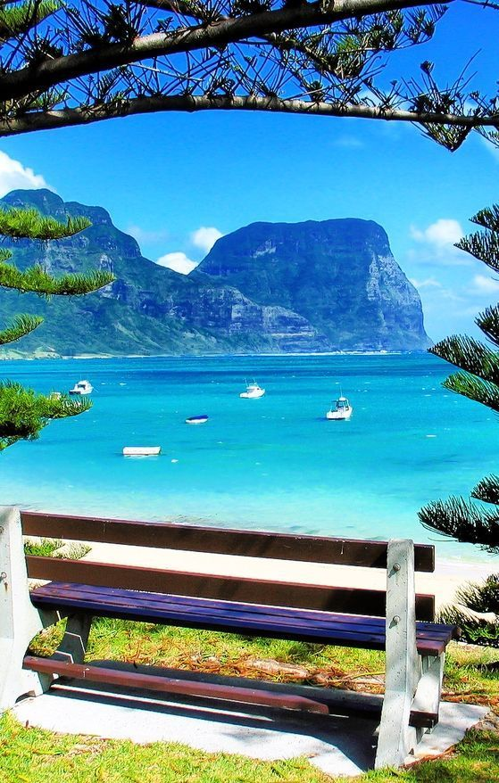 how to get to lord howe island from melbourne