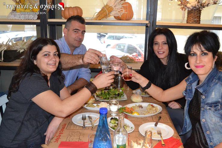 Οι γιορτές στις Τηγανιές & Σχάρες έχουν άλλο νόημα...   Απολαύστε την μαγεία των γιορτών με την παρέα ή την οικογένειά σας και αφήστε τις μοναδικές μας γεύσεις να σας ταξιδέψουν!!   #Τηγανιές& #Σχάρες #Ψητοπωλείο #Θεσσαλονίκη