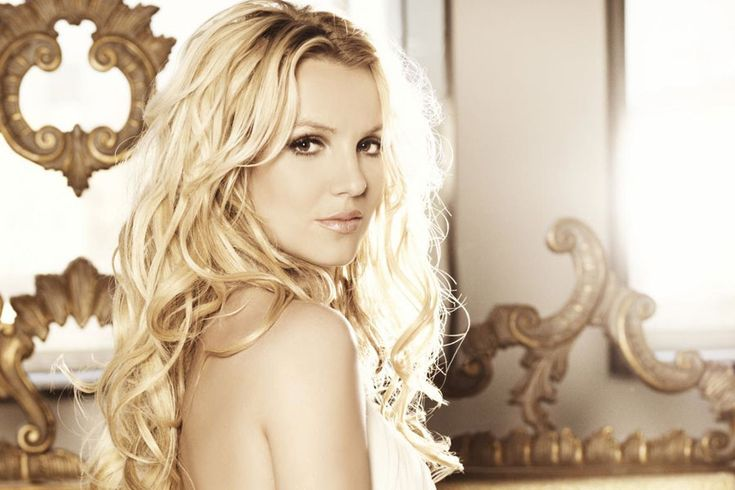 Charming seductress Britney Spears ...Natty heat of passion... Nielsen SoundScan ranked her the tenth best-selling digital artist of the country, with more than 28.6 million digital singles as of January 2012