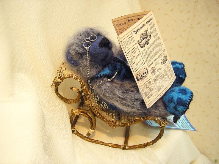 """Мишка """"дедушка"""" купить недорого в интернет магазине товаров ручной работы  HandClub.ru  Интерьерная игрушка Сухое валяние, вышит мохеровой пряжей размеры: 19смх14смх18см"""