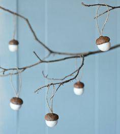 Naturmaterialien Eichel Baumwolle schöne Deko Idee                              …