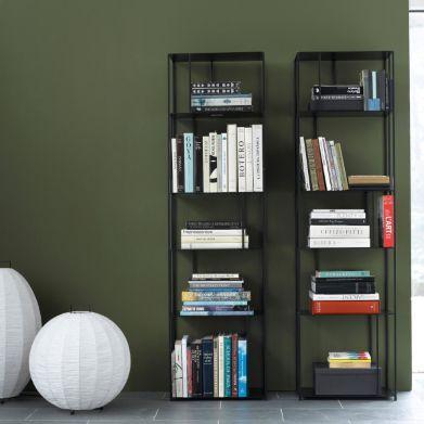 Bibliothèque métal Parallel, Am.Pm, montants et étagères métal époxy noir , 50*30*180,  160€