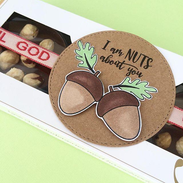 threescoopsdk - håndlavet - papirdesign - clear stamps - papirdesign - værtinde gave - værtsgave - chokolade