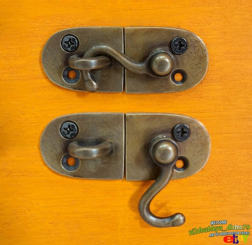 Lot of 3 pcs Antique Vintage SOLID BRASS Door LATCH Key Hook UNUSED I @ eBay $9.99 I Lovely and GREAT GIFT for your door or home decor. #lock #Drawer #Brass #Antique #Vintage #Home_decor
