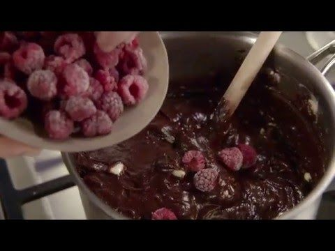 Few things say 'I love you' like freshly baked treats! Watch as Julia Taylor, contestant from Masterchef Australia series 4 vamps up the perfect Valentine's brownies with frozen raspberries and BOURNVILLE Cocoa for an irresistible taste boost without the added sugar!  #CADBURY #brownies #valentines #valentinesday #dessert #chocolate #valentinesbaking #love #baking