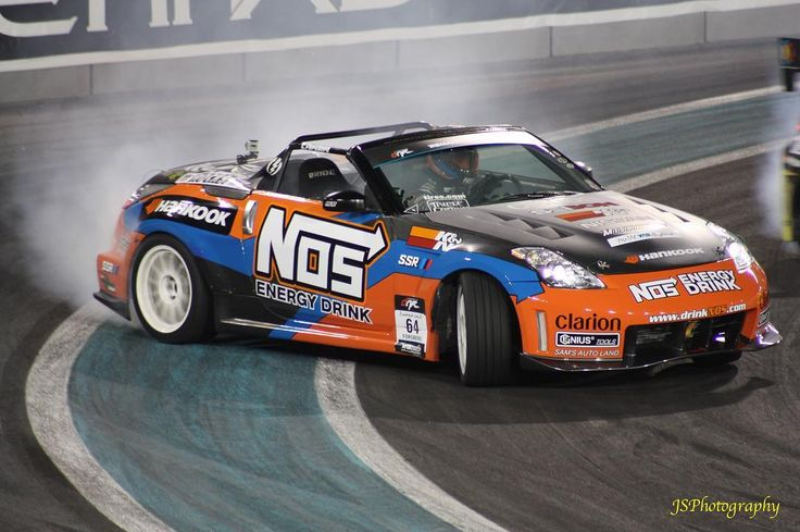 #cars #motorsport #racing #yasmarinacircuit #abudhabi #uae #drift #drifting
