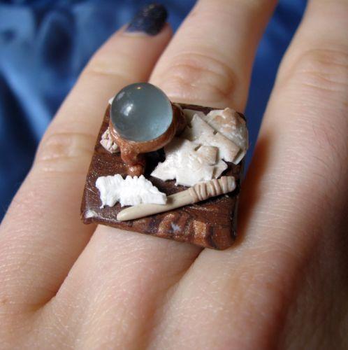 Wizard's desk ring