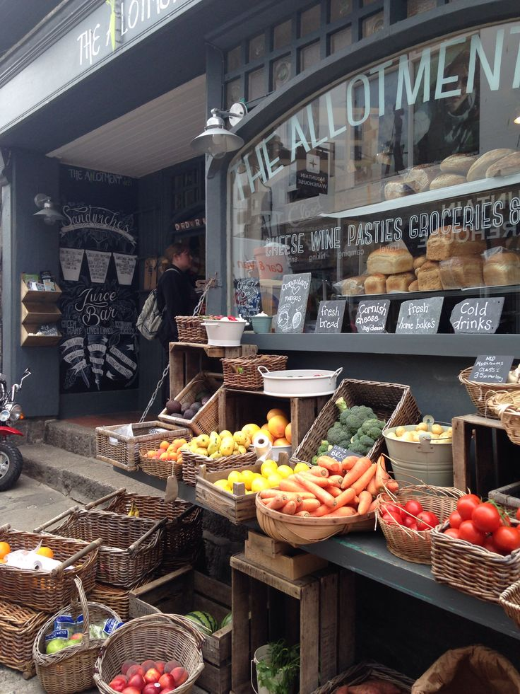 Came across this sweet fruit and veg shop in In St Ives last week while camping in Cornwall #myhappytravels @whitestuff