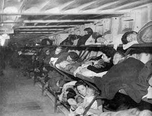 Subterranea Britannica: Tube bomb shelter, WWII