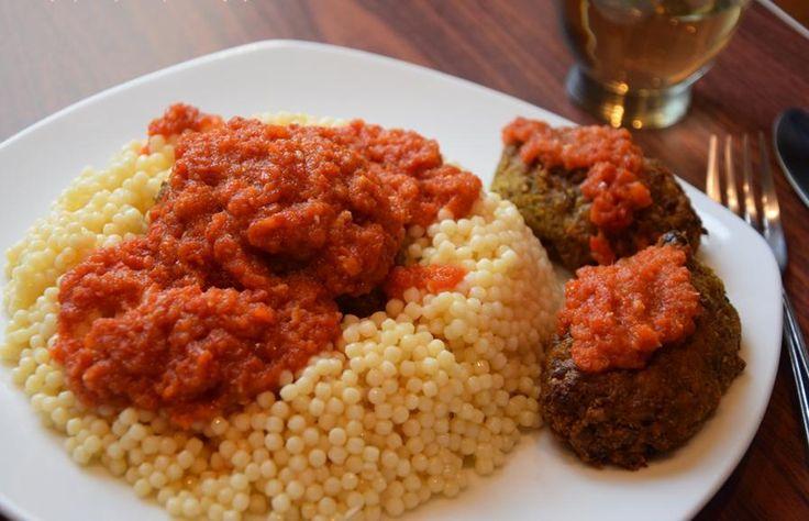 Σουτζουκάκια φούρνου με «κιμά» από φακές — Μαρία Ηλιάκη