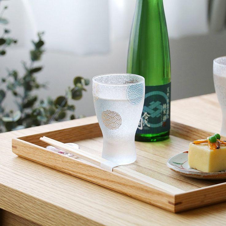 プレミアム #丸紋 の酒 #グラスペアセット をご紹介します♪ 限定ポイント10倍実施中!!間もなく終了致します!!(4/25まで) 縁起の良い日本の伝統的なモチーフを縁起の良い丸型に意匠した紋様なので、 #ギフト には最適です。 是非チェックしてみてくださいね。  #アデリア  #石塚硝子 #日本製 #日本酒 #盃